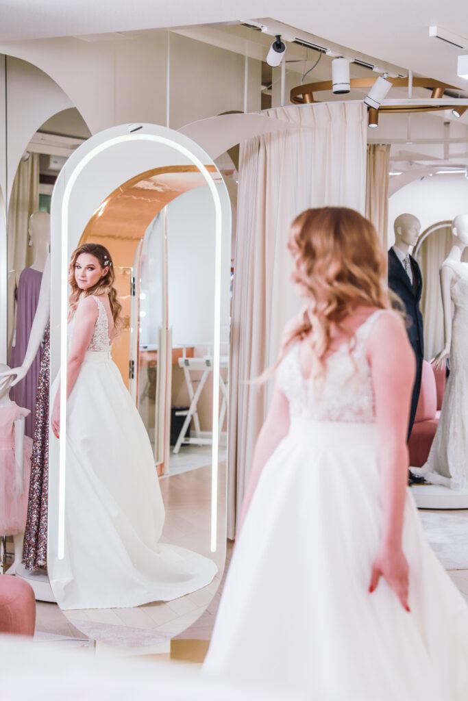 Wybór sukni ślubnej Concept Store Izabela Janachowska